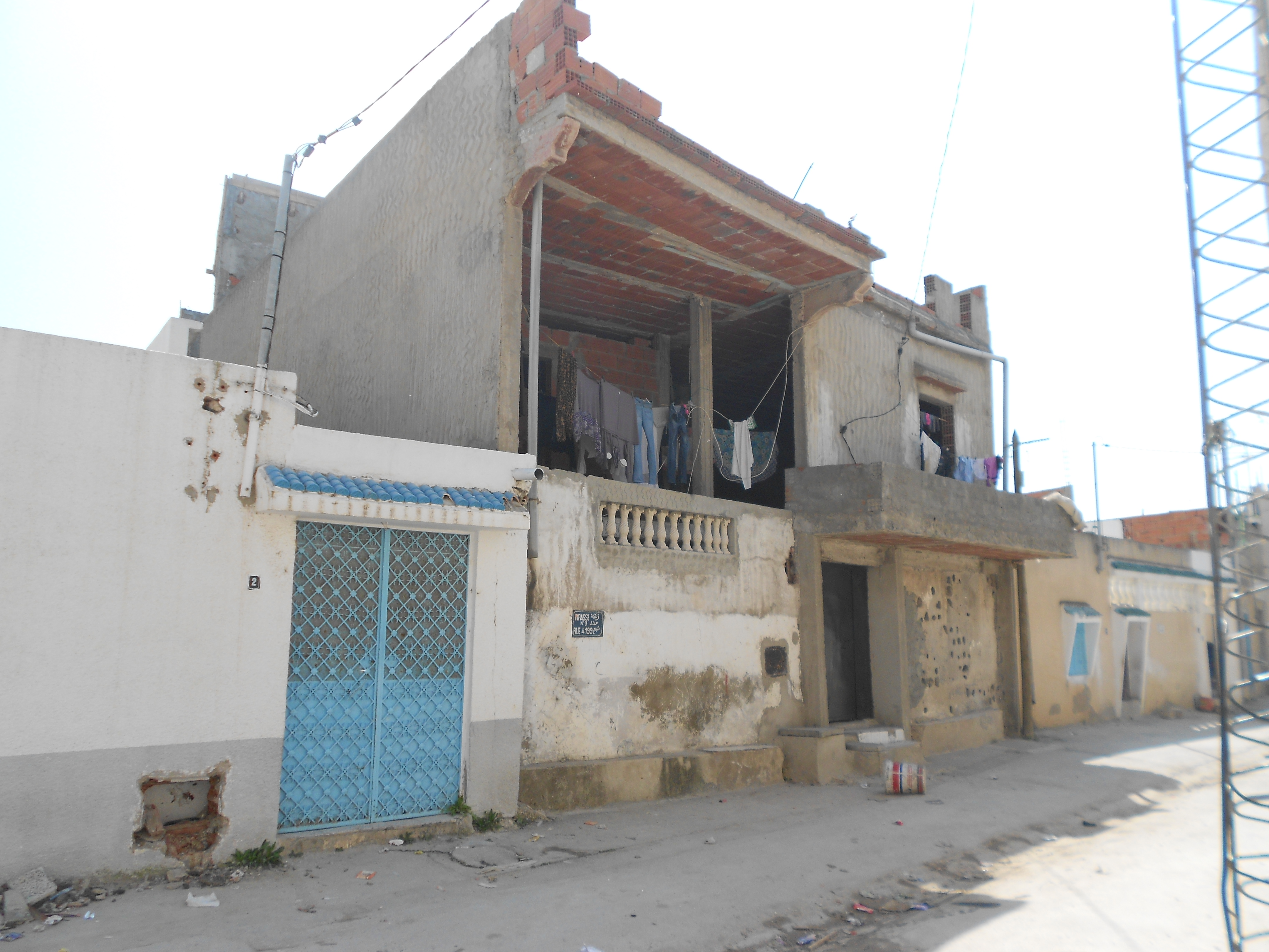 Incremental Self Construction In Tunisiau0027s Quartiers Populaires